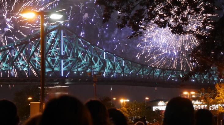 33 - Soirée picnic et illumination pont Jacques Cartier (19)
